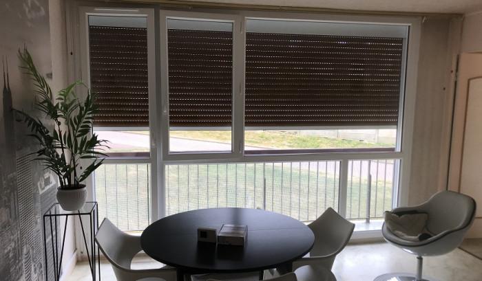Pose d'une fenêtre PVC et volet motorisé à Moissy-Cramayel