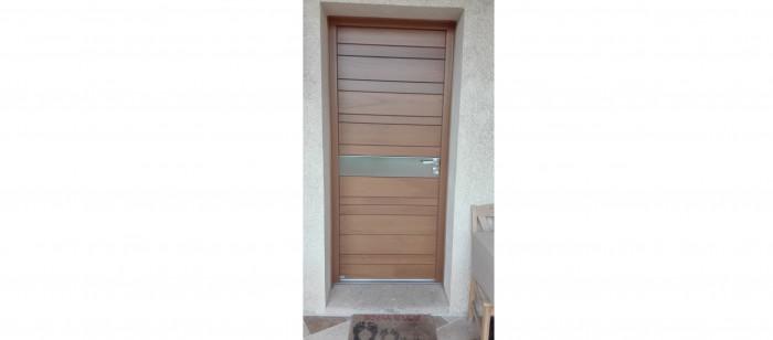 Porte d'entrée en bois - Istres