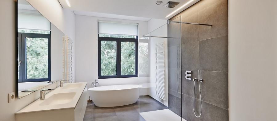 Nos conseils pour choisir la fenêtre de la salle de bain