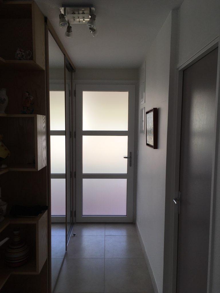 Remplacement d'une porte d'entrée vitrée par...