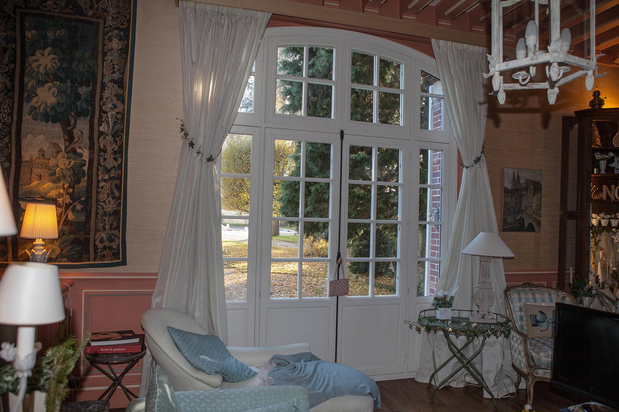 Nettoyer Volet Roulant Vitre Fixe une maison de maître en vallée de l'eure